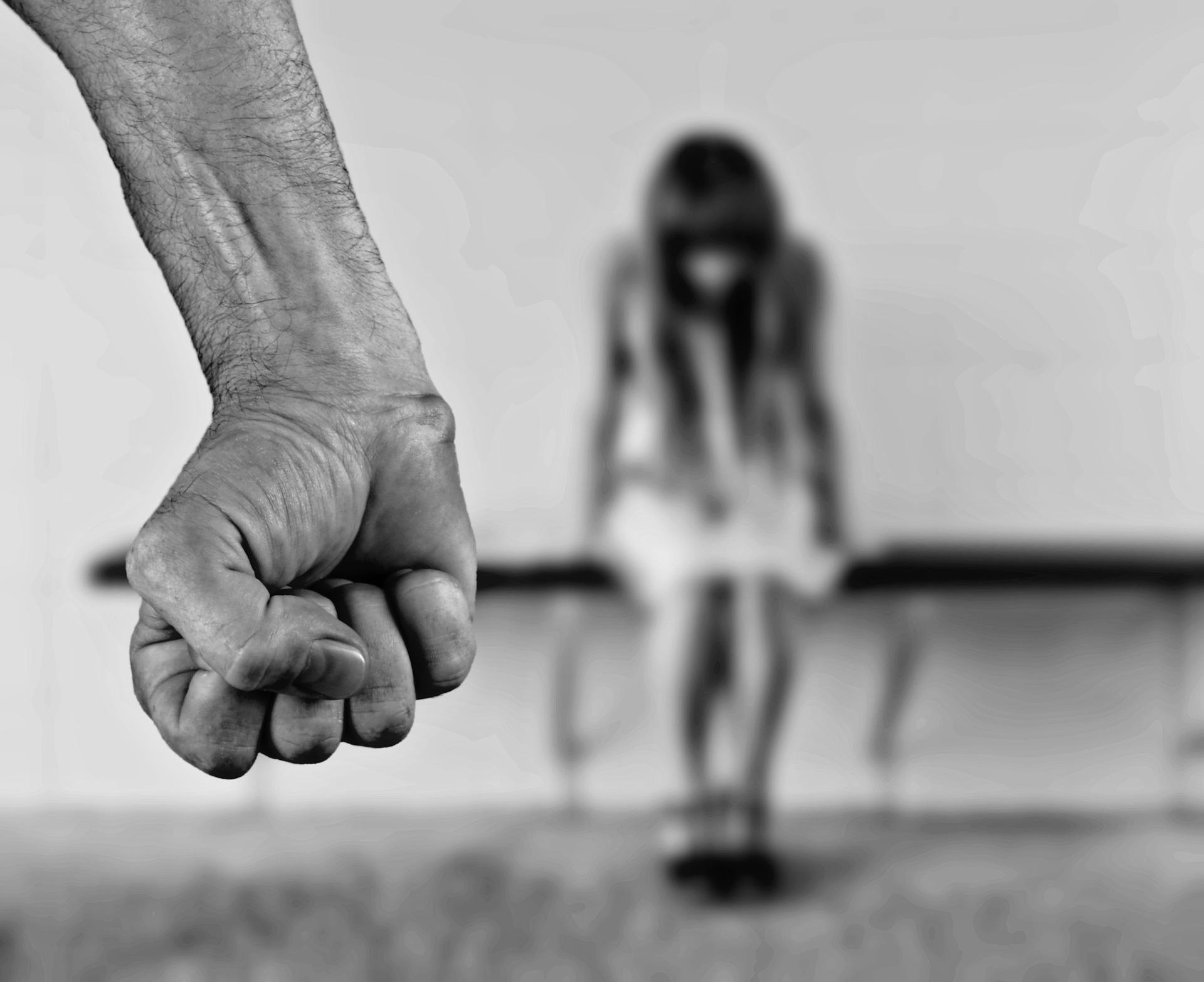 Comment mieux réagir face à une personne agressive ?