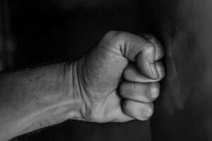 5 techniques de self-défense à connaître en cas d'agression physique !